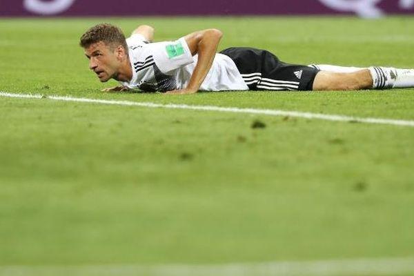 Müller au sol lors de la rencontre Allemagne - Suède le 23/06/18 à Adler en Russie