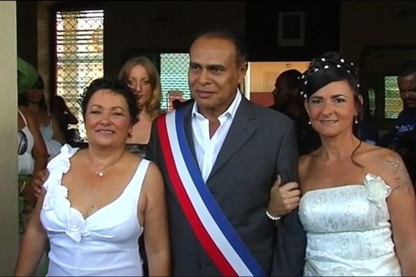 Premier mariage gay à Saint-Laurent du Maroni