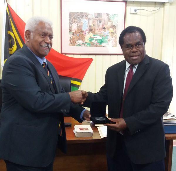 Roch Wamytan président du Congrès au Vanuatu