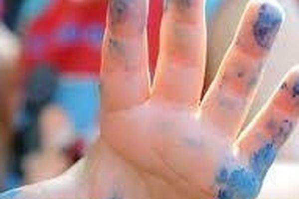 main enfant