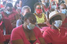 Salariés à la maison des syndicats à Fort-de-France à l'appel de la CGTM (jeudi 4 février 2021).