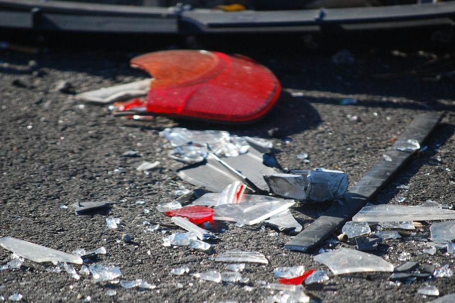 Le conducteur d'une moto décède après un choc frontal avec une voiture à Case-Pilote - Martinique la 1ère