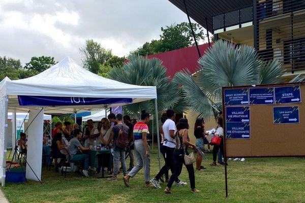 L'Université ouvre ses portes sur le campus du Tampon