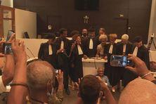 Les avocats lors du procès des réparations.