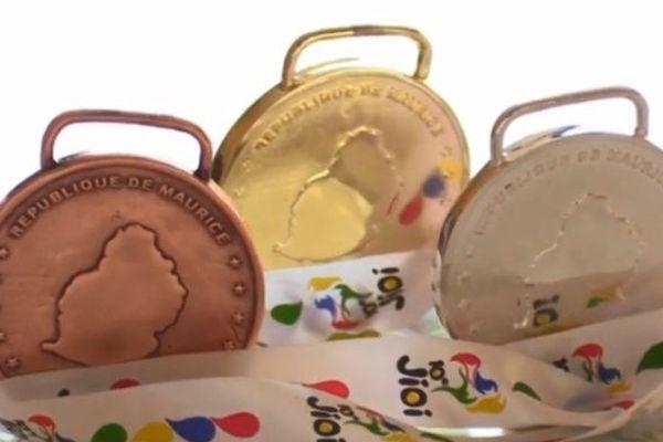 médailles jeux des iles