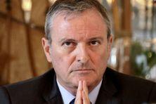 Le préfet, Jacques Billant, s'adresse aux Réunionnais.