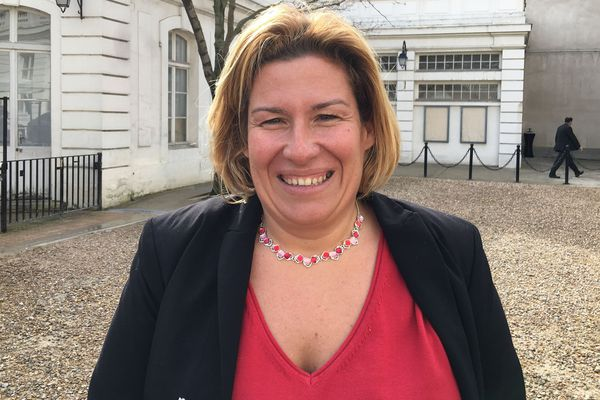 Sonia Backès au comité des signataires