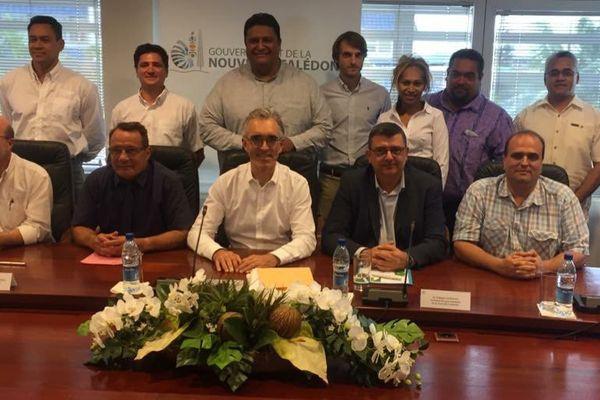 Signature convention collaboration wf et nc sur le Haut Débit