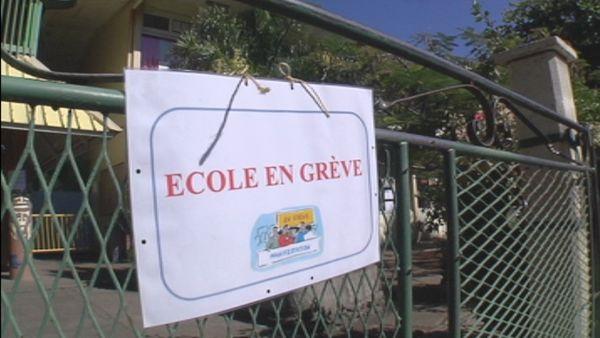 école grève 15 mai