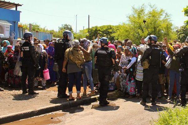 Mayotte: l'intersyndicale menace de bloquer le second tour de la législative