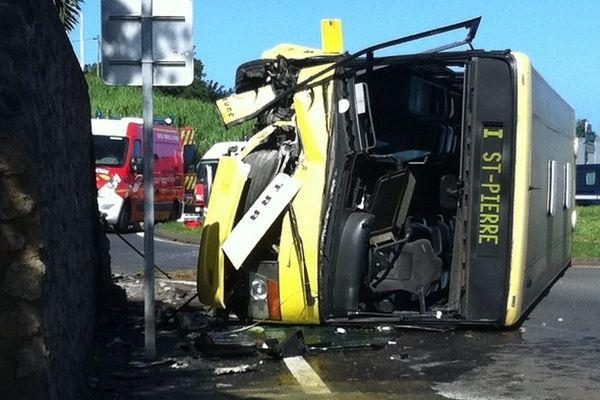 Accident de bus à Petite-Île