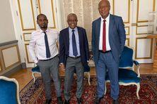 Laïthidine Ben Saïd (à gauche) et Madi Madi Souf (à droite) sont signataires de la tribune parue au JDD, contrairement au sénateur Hassani Abdallah (au centre).