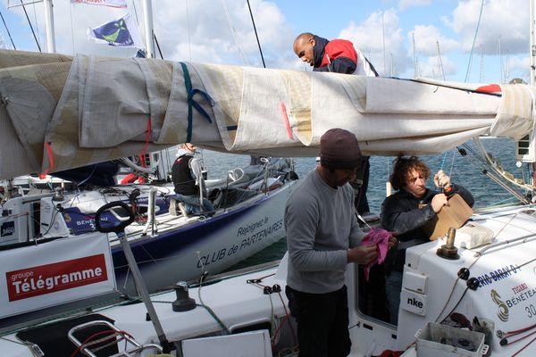 "Transat Bretagne-Martinique: Eric Baray : ""je devrais repartir mercredi soir ou jeudi matin..."""