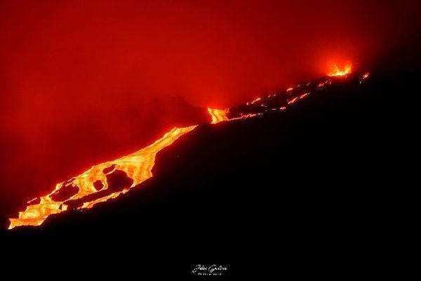 Eruption 2 12 février 2020