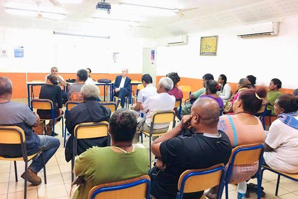 Rencontres au collège de Wani après l'agression d'un enseignant, Houaïlou