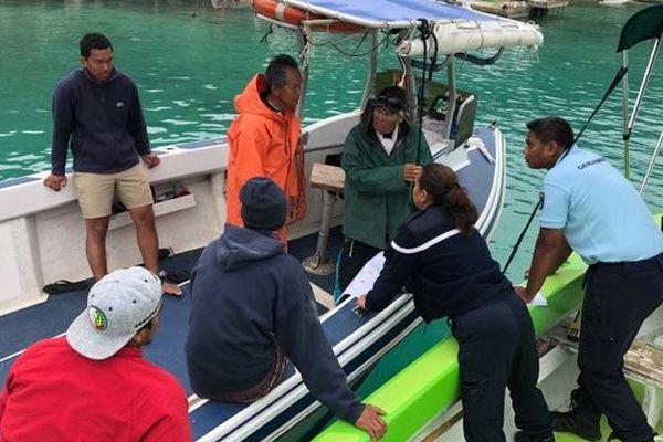 Le retour des marins à rikitea