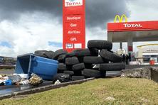 Le siège de Total et plusieurs stations ont été bloqués ces derniers jours par des membres de l'UTPP-UGTG