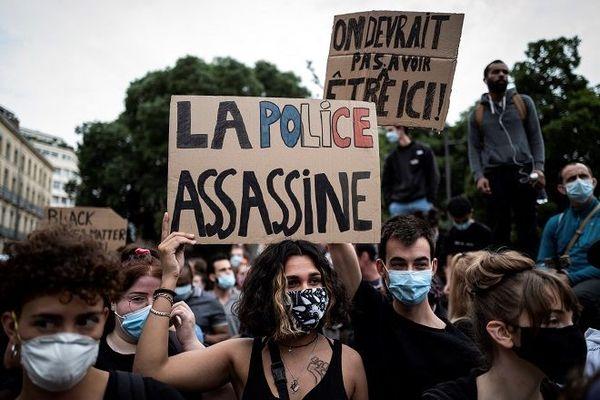 """Violences policières : """"ça va être de plus en plus compliqué de travailler"""" (association des gardiens de la paix originaires des Outre-mer)"""
