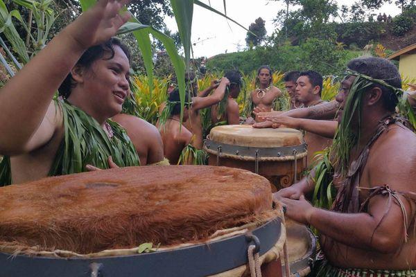 Accueil à Puamau - Festival des arts des Marquises
