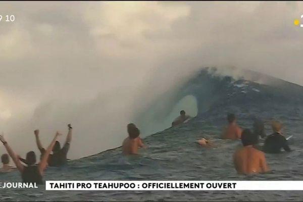 Cérémonie d'ouverture de la 20e Tahiti surf pro