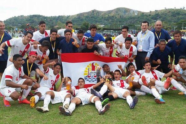 Football : Tahiti 2 - 1 PNG. Tahiti est en finale !