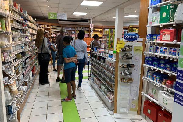 Une pharmacie à Matoury