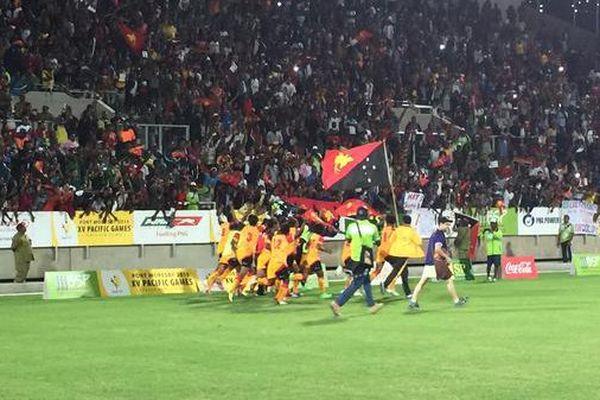 La Papouasie conserve son titre et prend l'or en finale du tournoi de football féminin