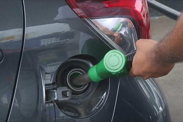 Réservoir essence Auto