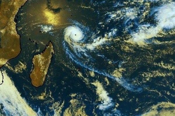 Alcide cyclone 071118