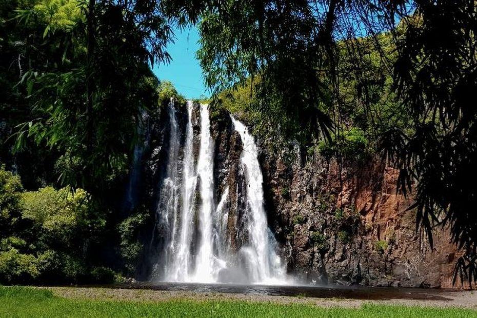 La Réunion : des averses sur l'Est et du soleil sur l'Ouest - Réunion la 1ère