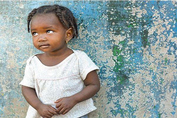 Petite fille haïtienne