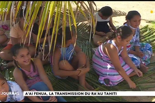 Transmission des savoir-faire traditionnels à l'école du dimanche à Moorea