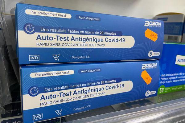 Auto-tests antigéniques Covid-19