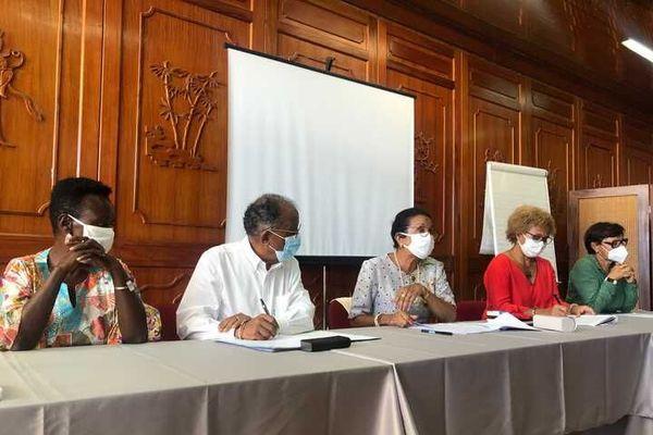 """Conférence de presse de l'opposition """"Le Rassemblement"""""""