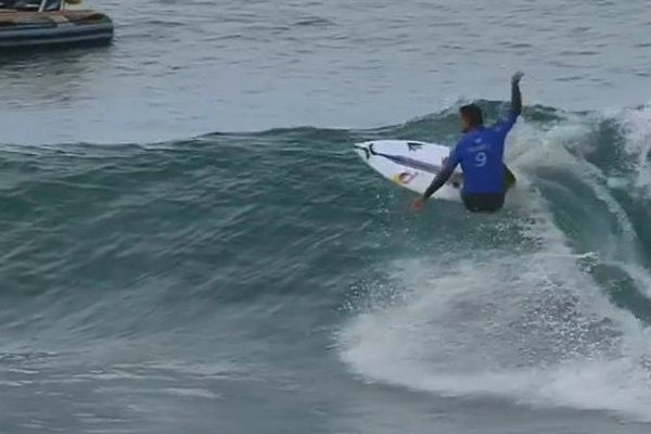 Slater bat Bourez Jeffrey's bay
