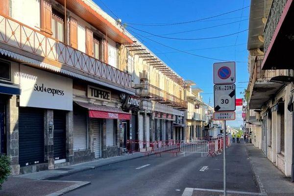 immeuble vétuste périmètre sécurité rue jean chatel centre-ville Saint-Denis 080521