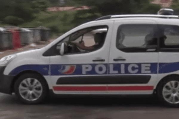 Voiture police guyane