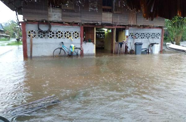 Le village Amérindien Favard inondé