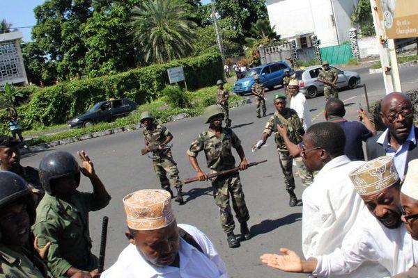 Des militaires ont été déployés sur les axes menant à la Cour Constitutionnelle, fermés à la circulation.