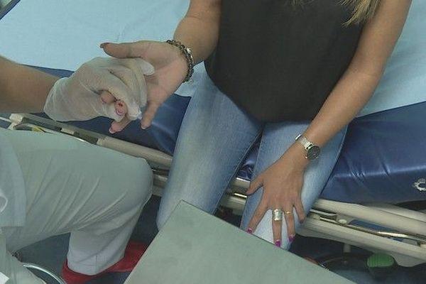 Dengue : CHU Sud circuit spécifique patient test rapise 210319
