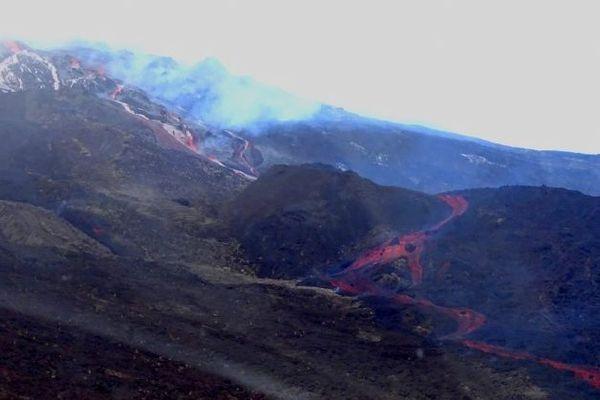 Volcan éruption 10 février 2020