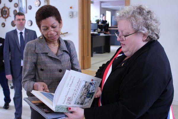 Ce qu'il faut retenir du premier jour de visite de la ministre des Outre-mer à Saint-Pierre et Miquelon