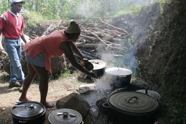 Les marmites à cari à La Réunion