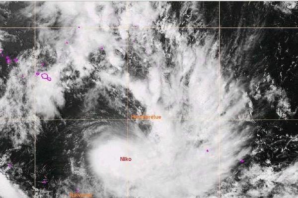 Dépression tropicale forte Niko