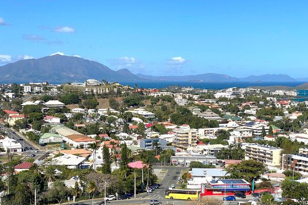 Vue de Nouméa et du Mont-Dore, immobilier, habitat, ville, septembre 2020