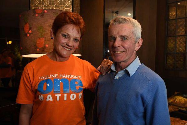 Pauline Hanson avec Malcolm Roberts, autre candidat One Nation aux sénatoriales.