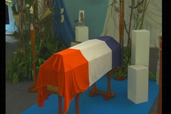 Cercueil Clarissa Jean-Philippe