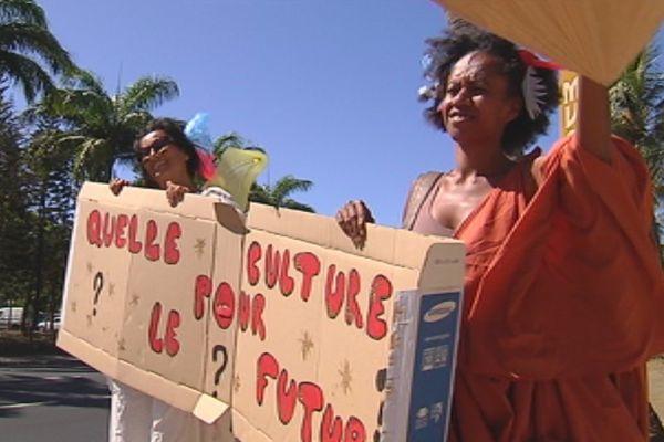 """Manifestation """"quelle culture pour le futur"""" Nouméa 2015"""