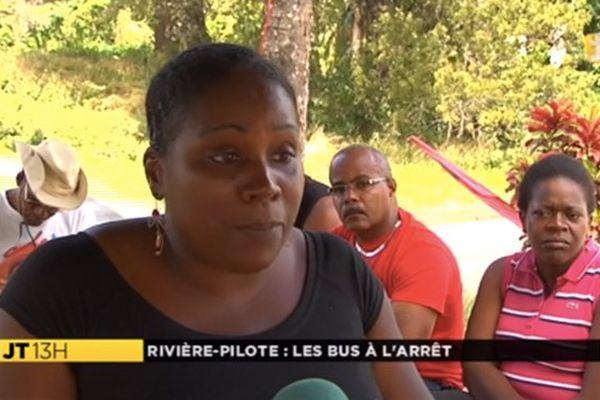 Grévistes bus Boniface