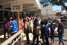 File d'attente le 4 novembre 2018 à la mairie de Nouméa.